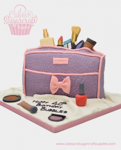 Make up bag Birthday Cake